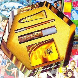 Urban Decay Honey Pot Vault